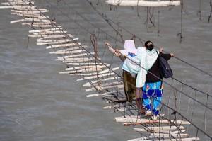 渡れない吊り橋