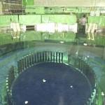 福島原発の燃料棒交換クレーンが見える写真他 (8)