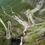 facinating roads12 Fascinating Roads