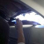 サウスウエスト航空のボーイング737 天井に穴 (1)