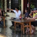 大洪水の時に守るべきはビール! (16)