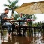 大洪水の時に守るべきはビール! (4)