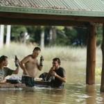 大洪水の時に守るべきはビール! (1)