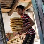 ウズベキスタンのパンができるまでの写真 (12)