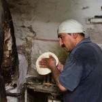 ウズベキスタンのパンができるまでの写真 (8)