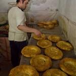 ウズベキスタンのパンができるまでの写真 (2)