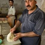 ウズベキスタンのパンができるまでの写真 (21)