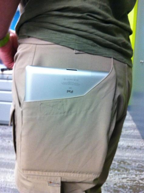 iPad2 持ち運び