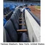 設計に問題のあったスタジアムの観客席 (12)