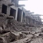 中国のマンション、雨で倒れる! (9)