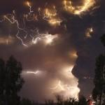 チリのプジェウエ火山噴火の衝撃写真 20枚 (10)