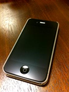iPhone 4S 裏白・側面透明 ケース