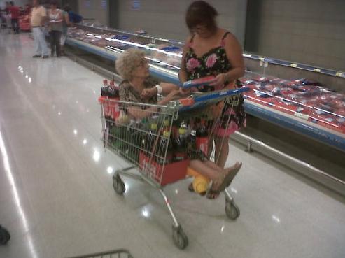 お祖母ちゃんのわがまま in スーパーマーケット