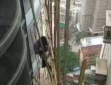 香港の高層ビルの足場の組み方がヤバイ