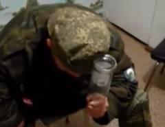 頭で瓶を割ろうとするロシア人が大変なことに!
