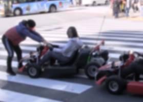 マナーの悪いマリオカートを強制移動する男